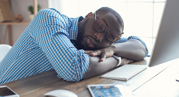 5 Signs of Workplace Burnout (And How To Overcome Them)